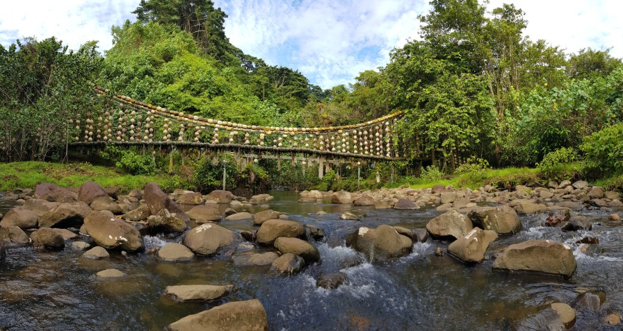 Although its origins are unfortunate, visiting the Genio Bridge on Cocos is nonetheless a must (Credit Avi Klapfer)