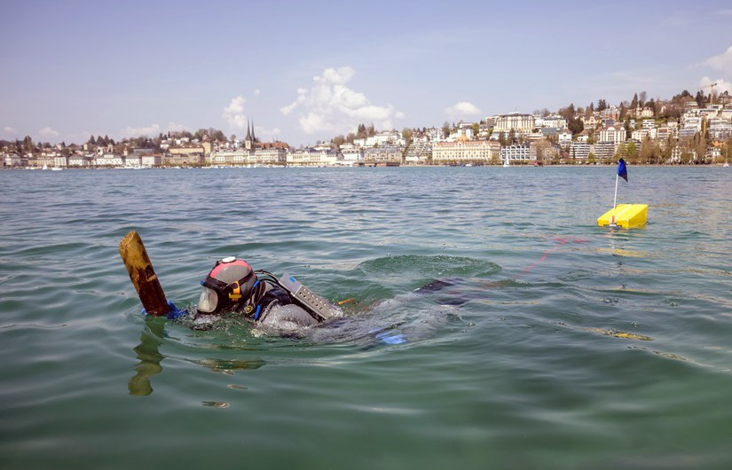 Divers with a stake in the past