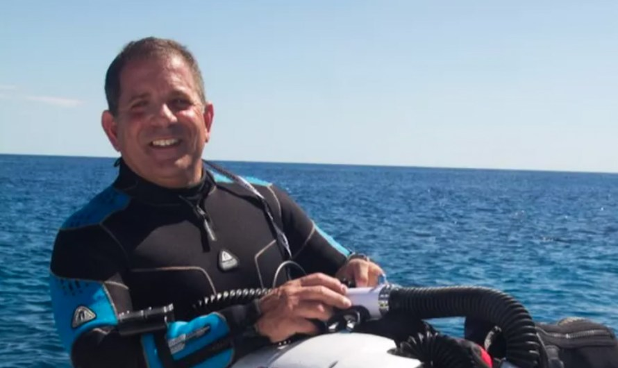 Divers tried to smuggle rebreathers to Libya