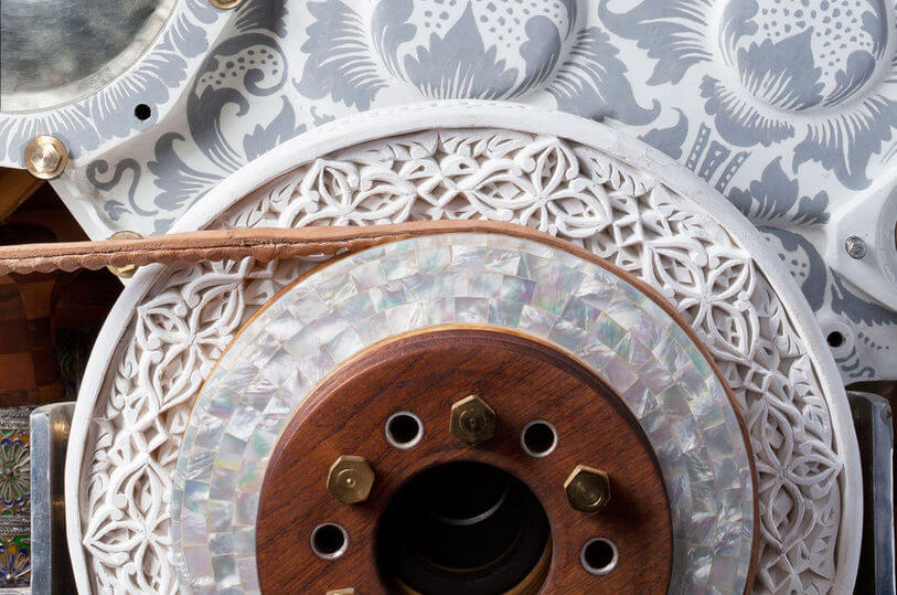Eric van Hove Caterpillar engine sculpture detail