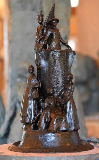 Sculptor Jane DeDecker suffragette sculpture