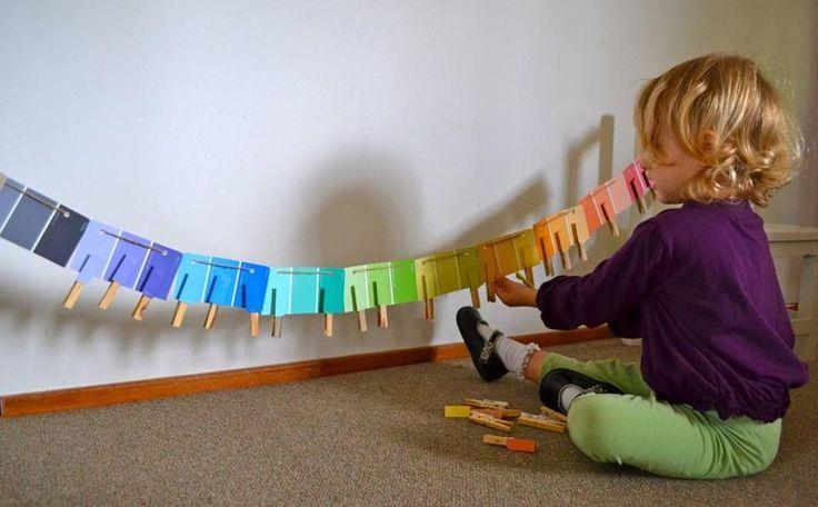 100 attivit montessori per inventare un asilo in casa for Grandi bambini giocano a casa