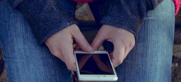 5 modi per controllare i figli online senza perdere la loro fiducia