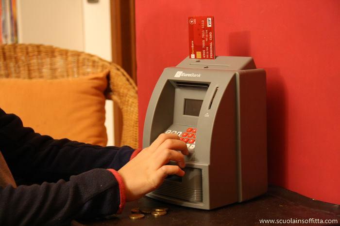 salvadanaio per bambini mini bancomat