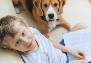 Impara a leggere con il cane. Nasce il Metodo LuckyLeo