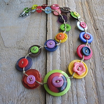 idea per riciclare i bottoni