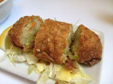 Jumbo New York Style Egg Rolls | Photo: Christine N. Ziemba