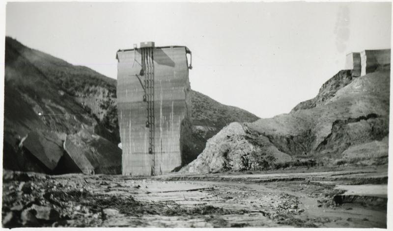 St. Francis Dam Tombstone  SAN FRANCISQUITO CANYON