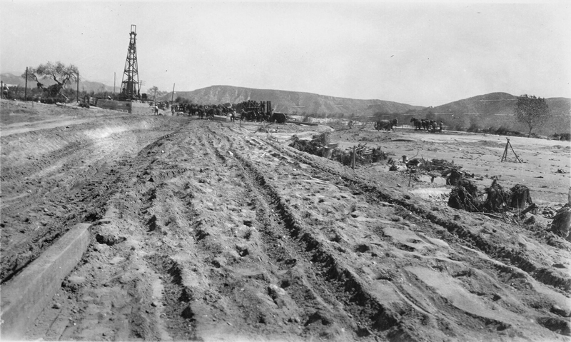 Highway Pile Driver  SOUTHWEST OF CASTAIC JUNCTION | ST. FRANCIS DAM DISASTER