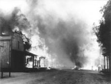 Melody Ranch burns down in 1962. (SCVHistory.com photo)