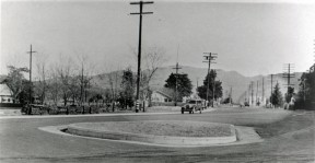 The original 1920s Newhall roundabout in front of William S. Hart's property.
