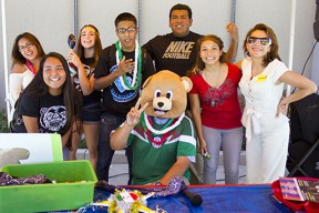 golden-valley-students-celebrate-mexican-independence-day-091614
