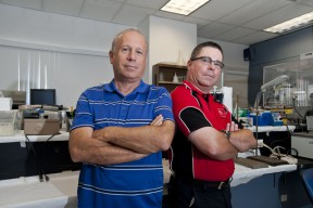 Biology professor Randy Cohen (left) and kinesiology professor Ben Yaspelkis. Photo by David Hawkins/CSUN
