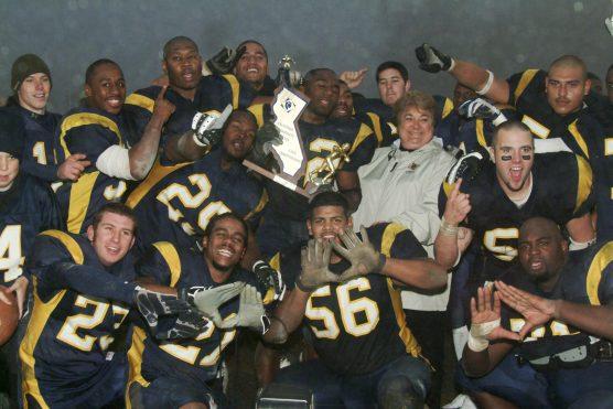 2004-national-championship-team-dscf4953b