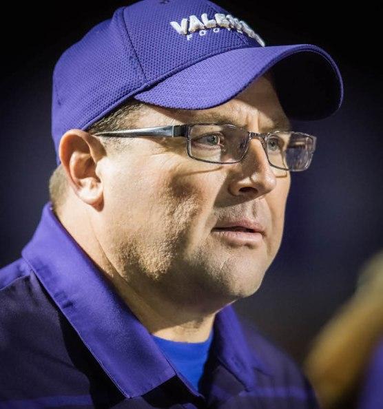 Coach Larry Muir