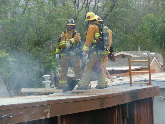 L.A. County firefighters extinguished a garage fire in Newhall Sunday in about 15 minutes. | Photo: Kevin Gilley/two8nine media.