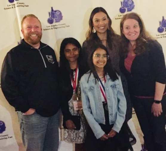 Sierra Vista Junior High School Students at Science Fair
