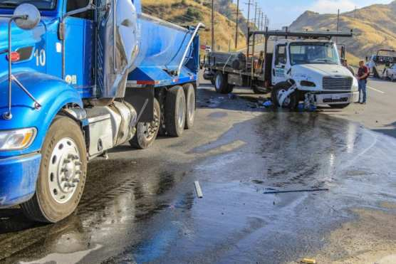 Two semi trucks collided and caused a fuel spill on Sierra Highway near Placerita Canyon Road in Newhall. | Photo: Lorena Mejia/The Signal.