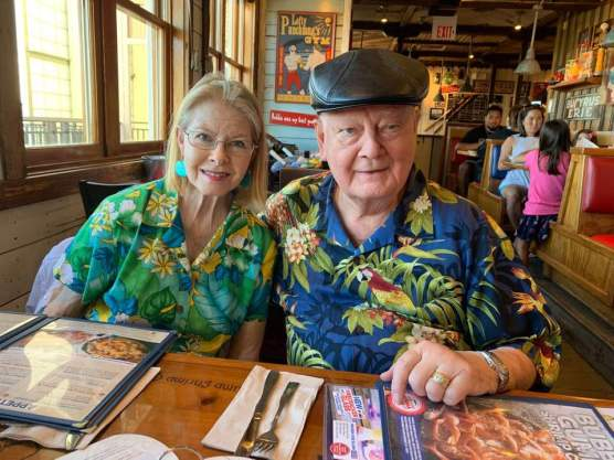 Myrna and Gary Condie celebrated their 52nd wedding anniversary at Bubba Gump Shrimp Co. in Honolulu on August 12, 2019. | Photo: Via Facebook.
