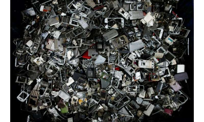 War Declared On World S Growing E Waste Crisis