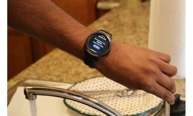 SoundWatch: New smartwatch app alerts d/Deaf and hard-of-hearing users to birdsong, sirens and other desired sounds