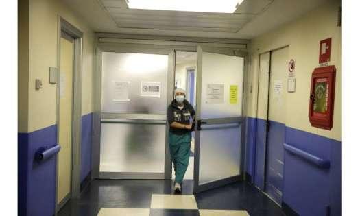 Italian nurse on coronavirus duty sees the nightmare return