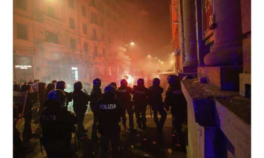 Europe, U.S. watch case totals grow, debate new restrictions