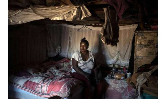 South Africa's poor scramble for anti-HIV drugs amid virus