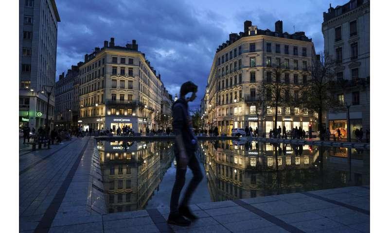 France braces for monthlong lockdown as virus deaths mount