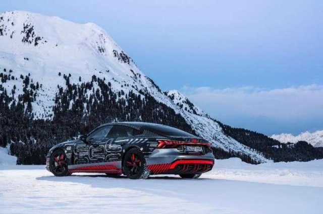 Audi a présenté son prototype de voiture de sport électrique RS e-tron GT au Consumer Electronics Show, tenu en format numérique ce oui