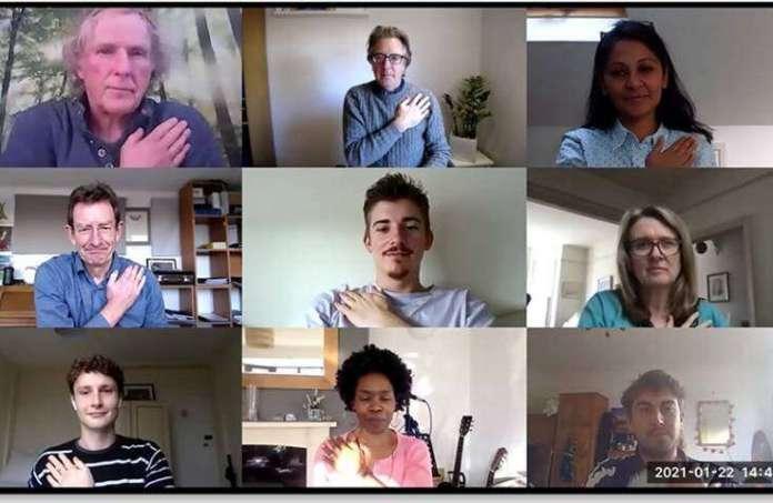 हाथ के संकेत वीडियो मीटिंग की सफलता में सुधार करते हैं