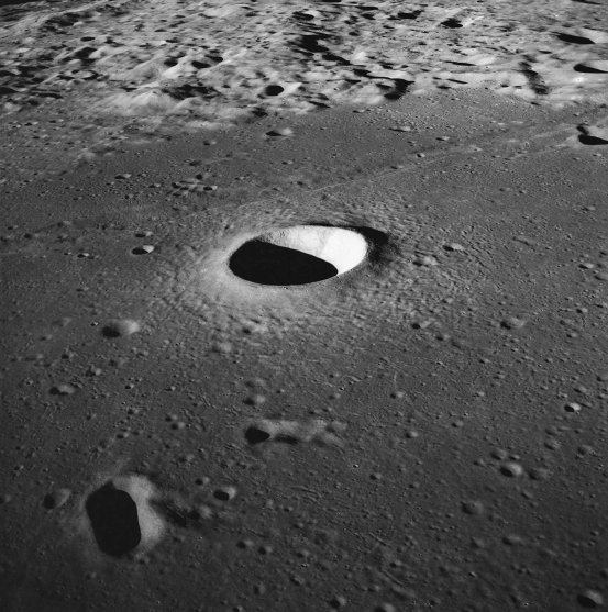 Using AI to count and map craters on the Moon