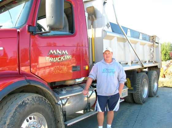 Mike Quesnel MMM trucking (1)