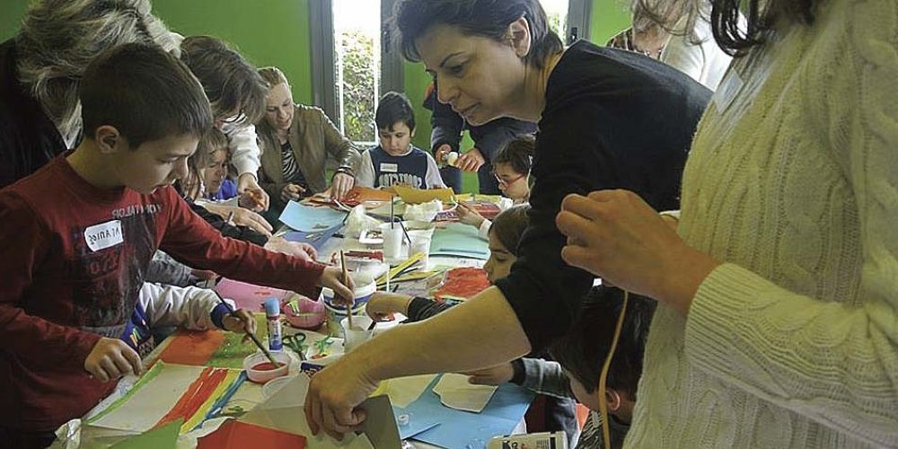 Children attending a Messy Church led by Despoina Avakian in Greece. (TED)