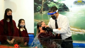 Dozens of people baptized in Argentina in online missionary campaign