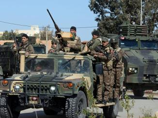 أفراد من قوات الأمن التونسية في بن قردان