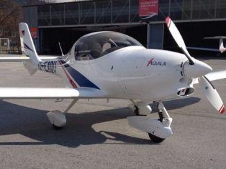 طائرة من إنتاج شركة Aquila