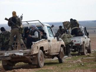 عناصر من الجيش السوري الحر (AFP)