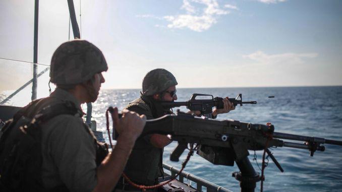 عناصر من القوات البحرية الإسرائيلية