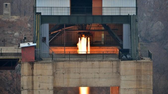 كوريا الشمالية تختبر محرك صاروخ (AFP)