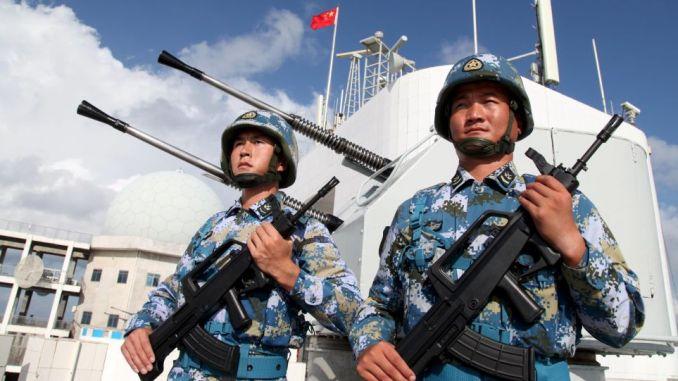 جنديان صينيان