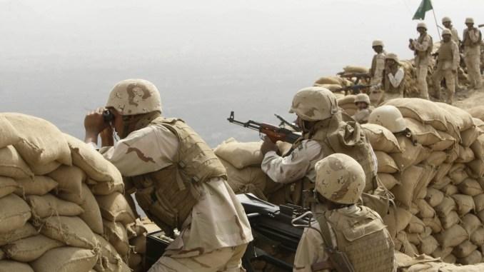 جنود سعوديون على الحدود مع اليمن