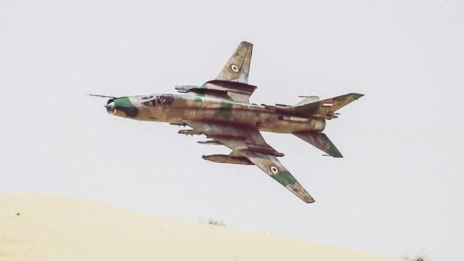 """مقاتلة """"سو-22"""" السورية"""