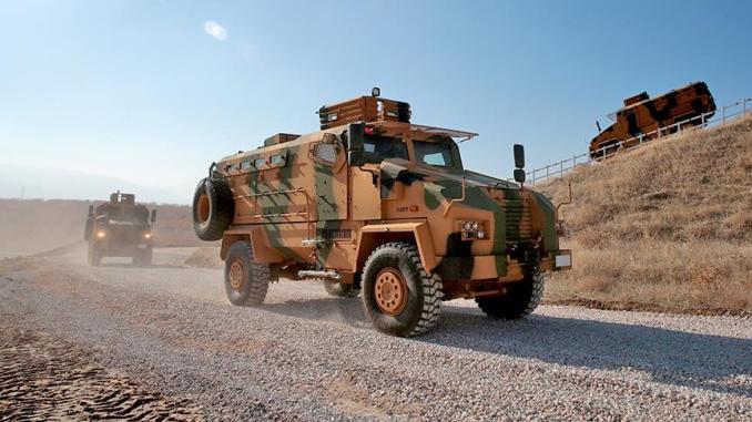عربة عسكرية تركية