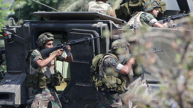 عناصر من الجيش اللبناني