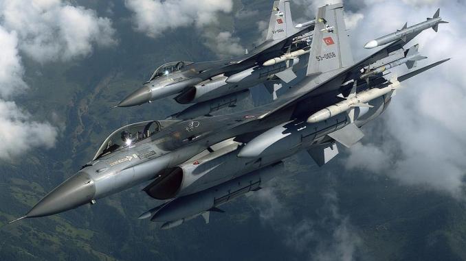 مقاتلتا أف-16 تابعتان لسلاح الجو التركي