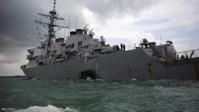 مدمرة البحرية الأميركية جون اس ماكين