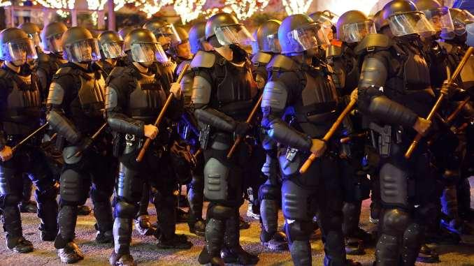 عناصر من الشرطة الأميركية