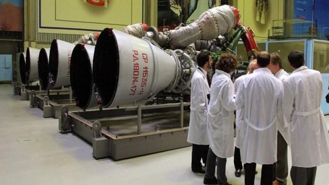 """محركات صواريخ """"أر دي-180"""""""