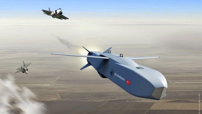 """صورة توضيحية لعملية إطلاق مقاتلة أف-35 صاروخ """"سوم"""" التركي (Roketsan)"""